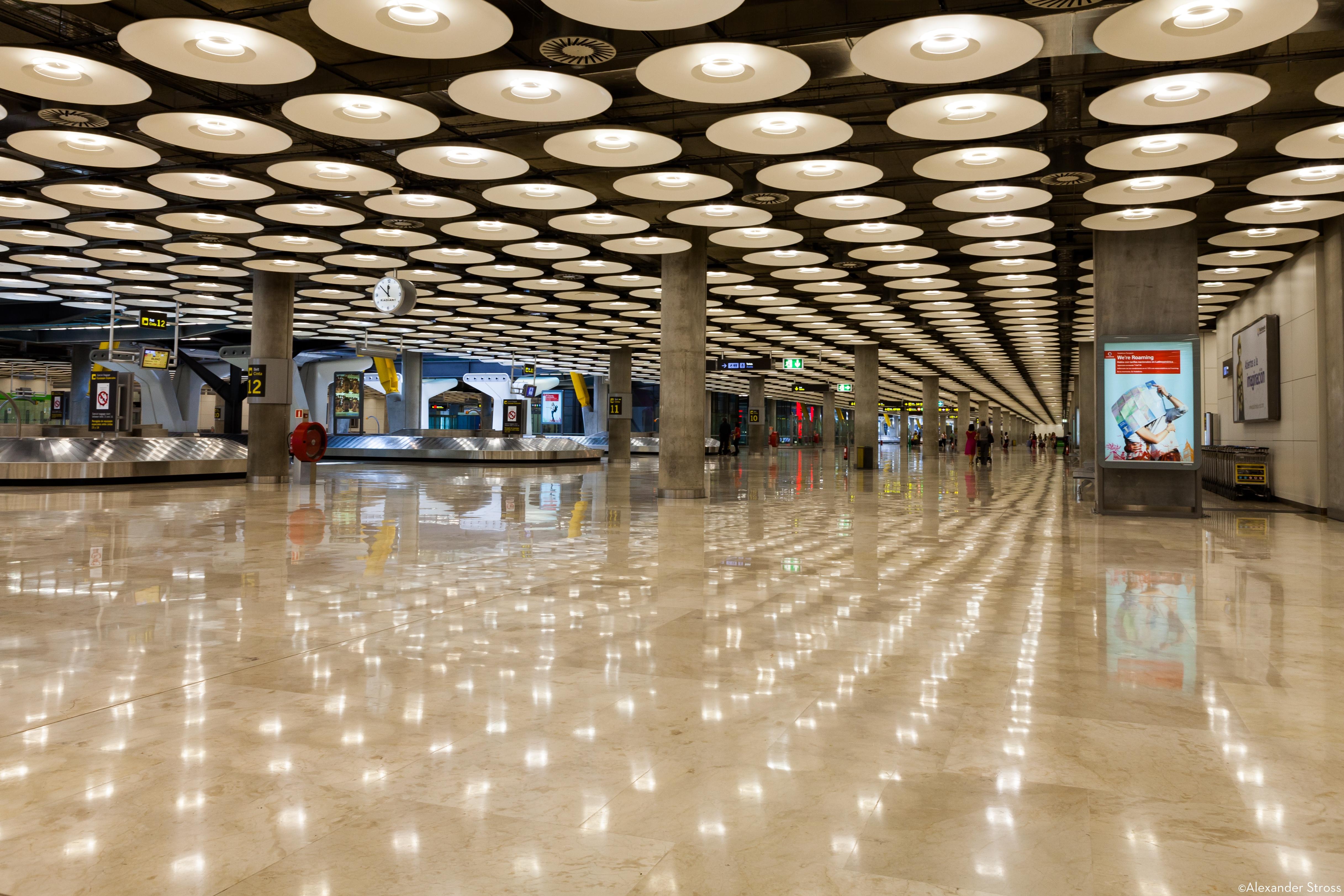 Madrid Airport Bagage Claim-00001